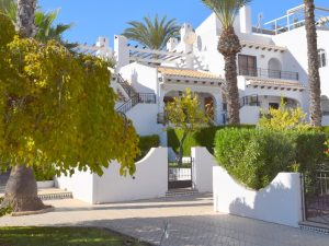 Properties for sale in Villamartin