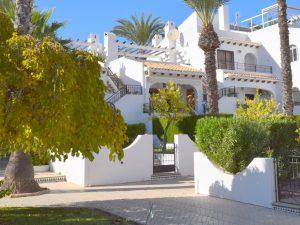 Properties for sale in Villamartin